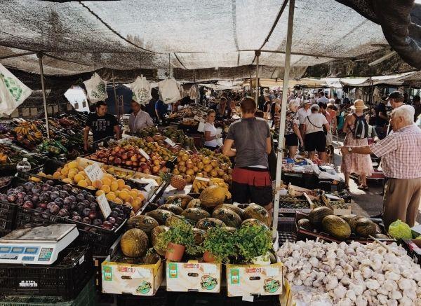 Markten bezoeken bij het Gardameer