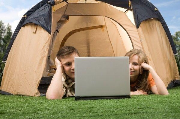 Kampeeronderzoek 2015: Nederlanders kunnen niet zonder Wi-Fi op de camping